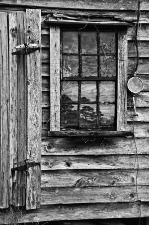 farm_bldg_window copy 2.jpg