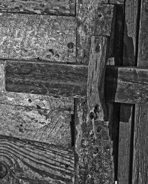 wooden_latch.jpg